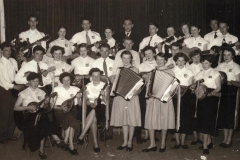 "afbVT114. Mandolineclub ""Con Spirito"" Oud Verlaat 1955"